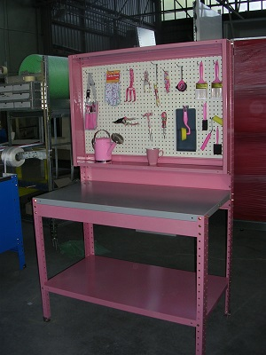 custom-shelving-067